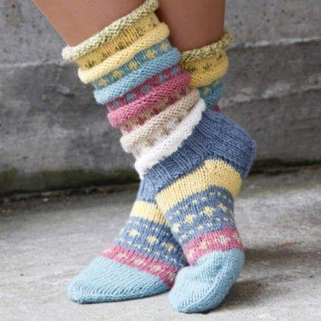 Tuttifrutti-sokken | Knitted socks | Pinterest | Socks, Knit socks ...