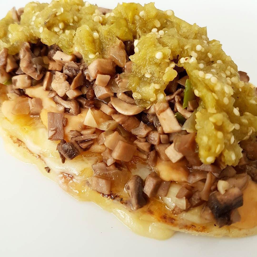 Hoy en el blog una rica receta de champiñones guisados... para unos sopes quesadillas empanadas etc!  http://ift.tt/1q90dAo