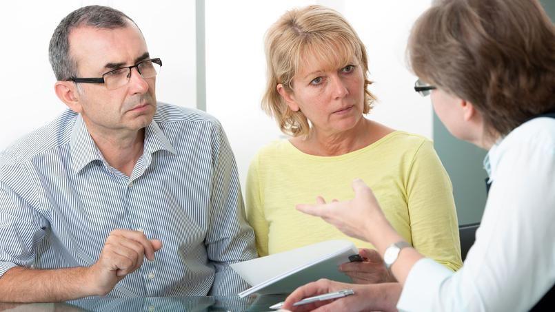 Le professionnel doit soit mettre en place son propre dispositif de médiation, soit orienter le client vers un médiateur sectoriel.