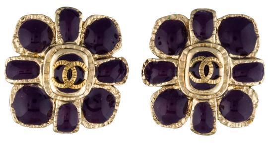 Chanel Purple Gold Cc Logo Gripoix Poured Glass Camellia Flower 08a Earrings In 2020 Earring Crafts Funky Earrings Purple Gold
