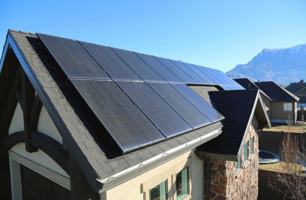 Utah Residential Installation Auric Solar Glassdoor Photos Solar Residential Installation