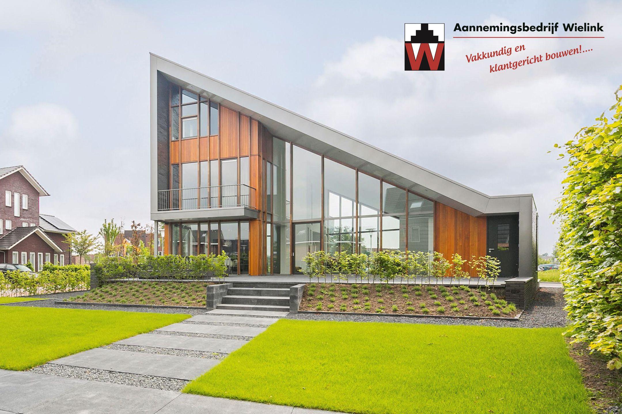 Finest moderne villa met garage bouwen moderne villa for Moderne semi bungalow bouwen