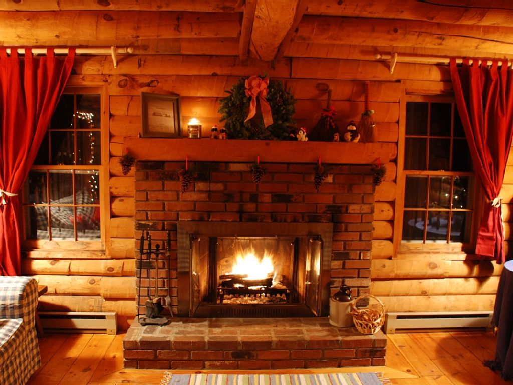 Cabin Vacation Rental In Wardsboro VT USA From VRBOcom - Christmas cabin fireplace scenes