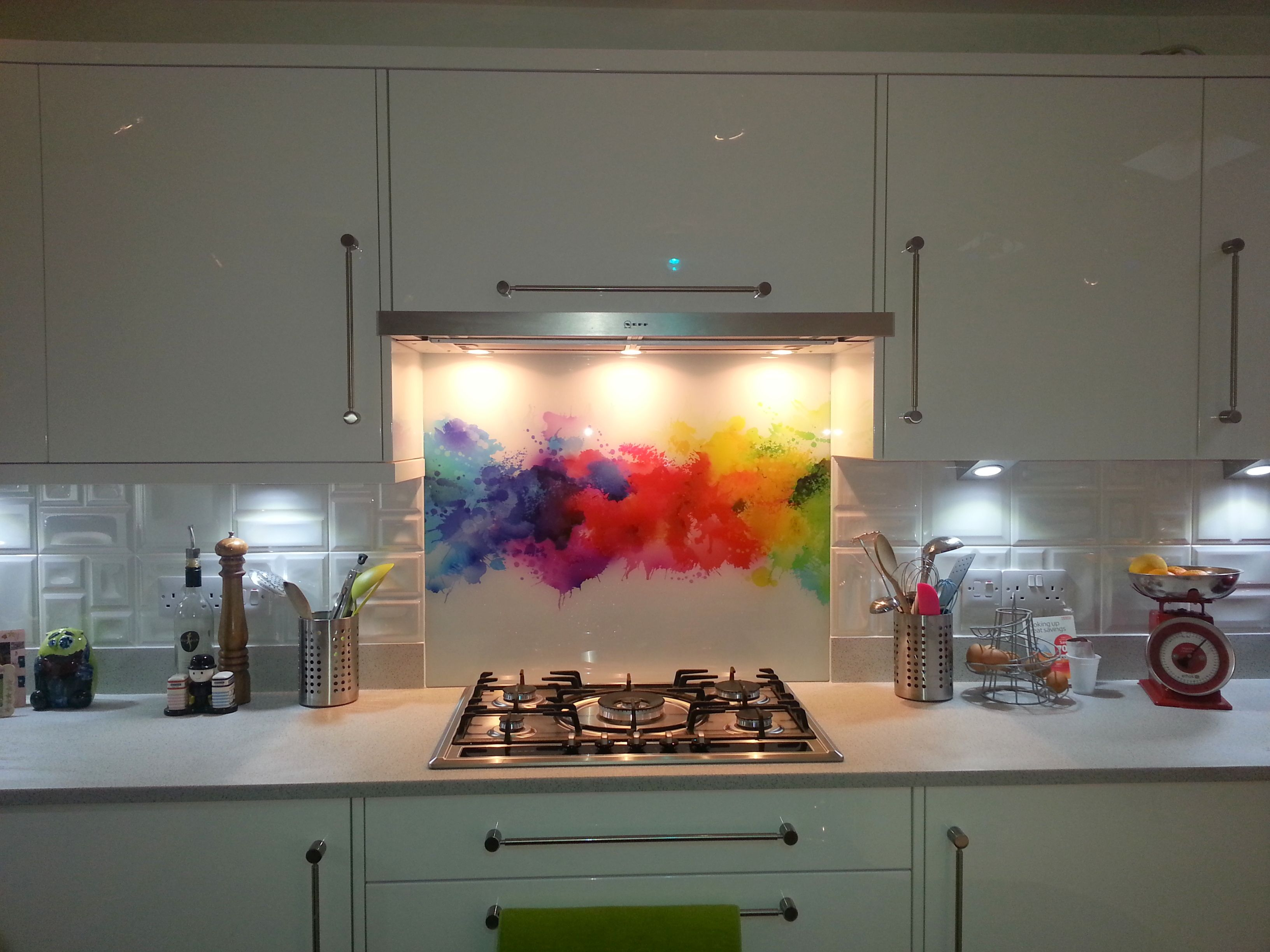 Printed Glass Splashback For A Splash Of Colour In Your
