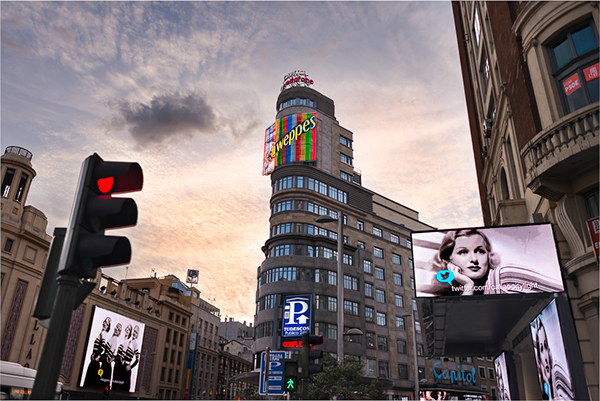 Schweppes In The Gran Via Street In Madrid On Behance In 2020 Madrid Street Special Places