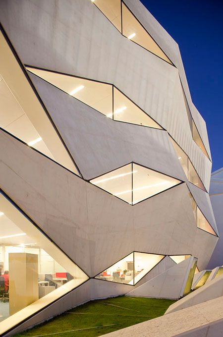 Vodafone headquarters by Barbosa & Guimaraes. | Architecture and ...