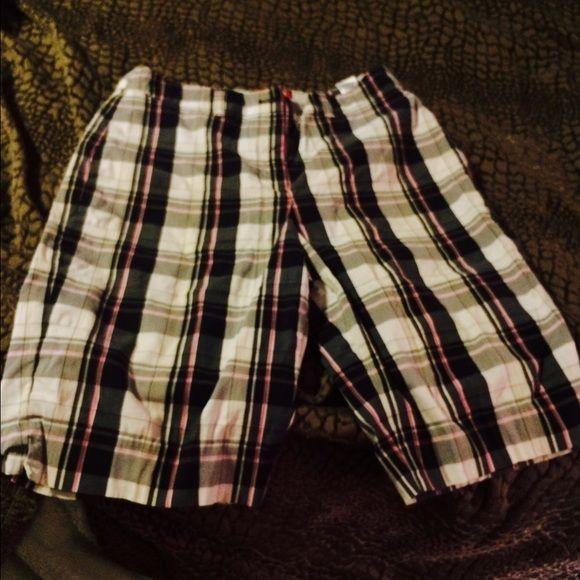 Bermuda shorts Plaid shorts Shorts Bermudas