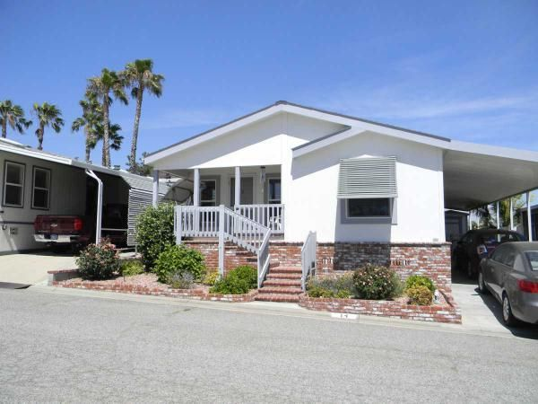 Brick Landscaping In Front Of This Home Is Super Sharp Manufactured Homes For Sale Manufactured Home