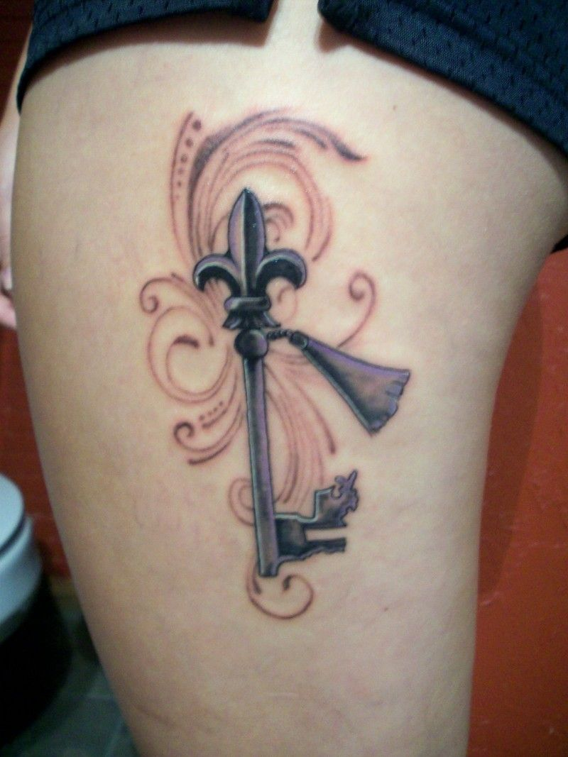 Key tattoo...one day I'll have one too