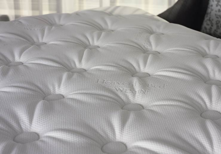 Westin Heavenly Bed Mattress & Box Spring Bed, Bed linen