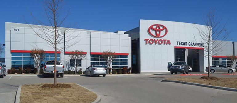 Toyota Dealerships Dfw >> Texas Toyota Of Grapevine Toyota Dealer In Tx Photo Texas Toyota