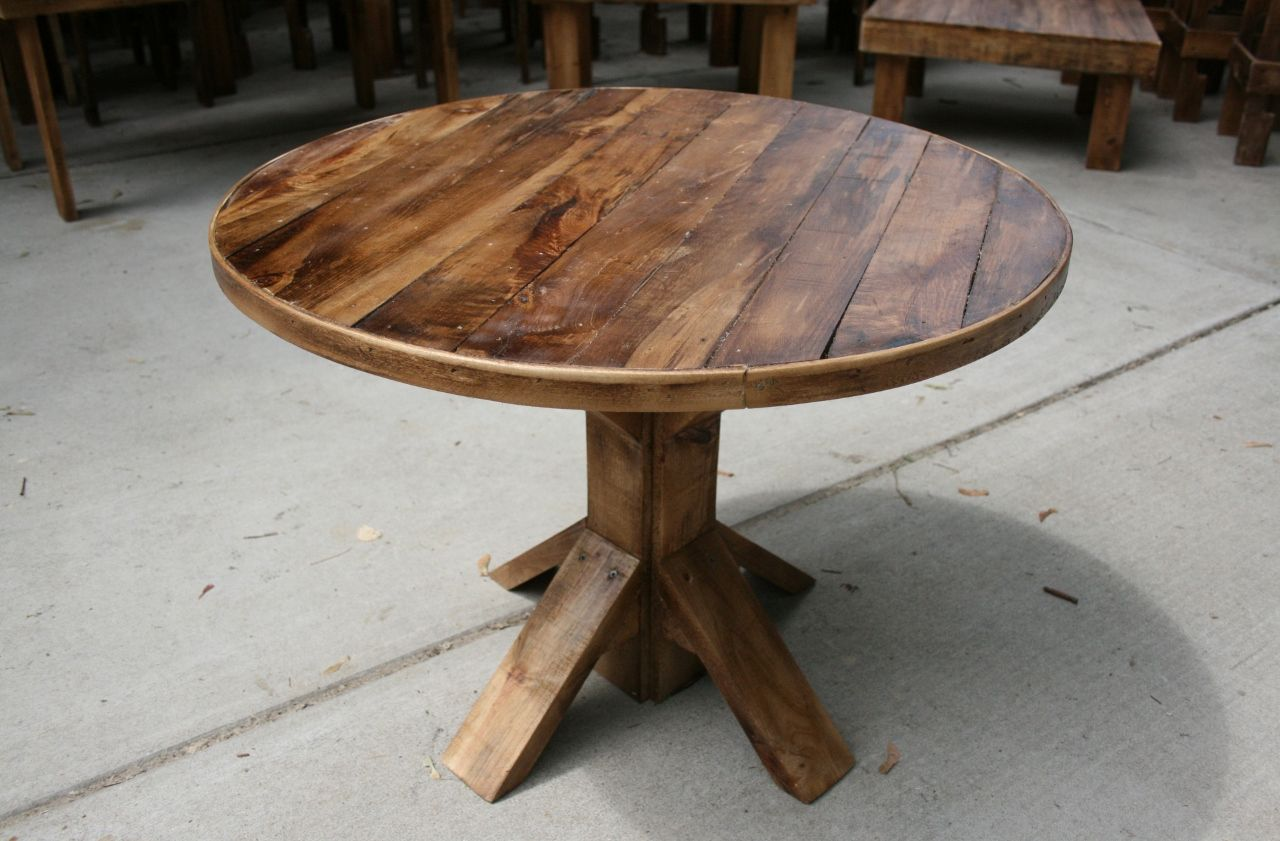 Round Pallet Wood Table By Upcycled Woodworks Pallet Dining