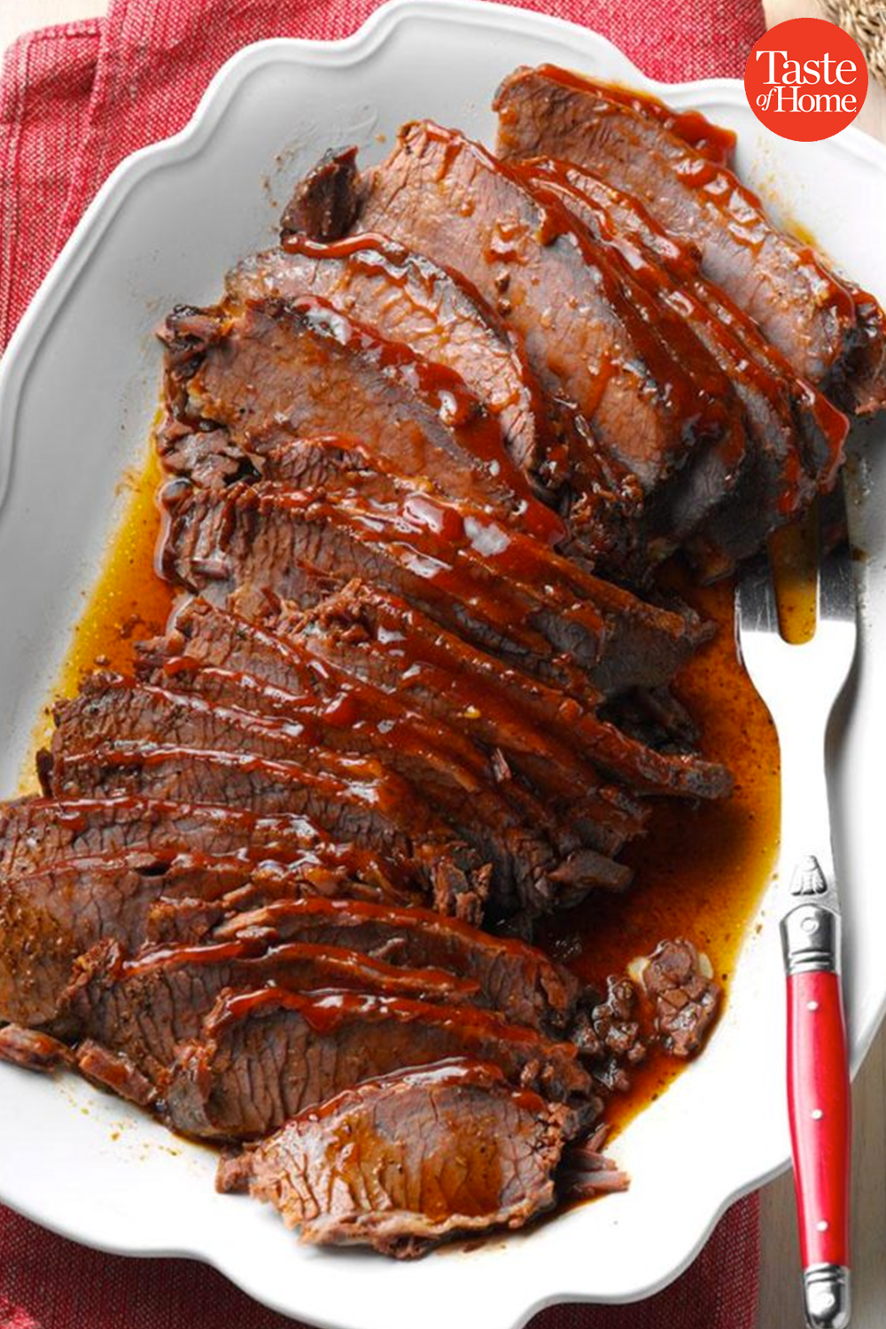 40 Showstopping Beef Entrees For Christmas Christmas Food Dinner Beef Recipes Food