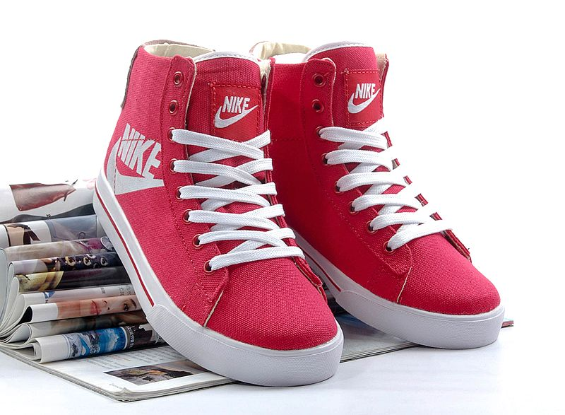 Nike Classic High Top Womens Shoes