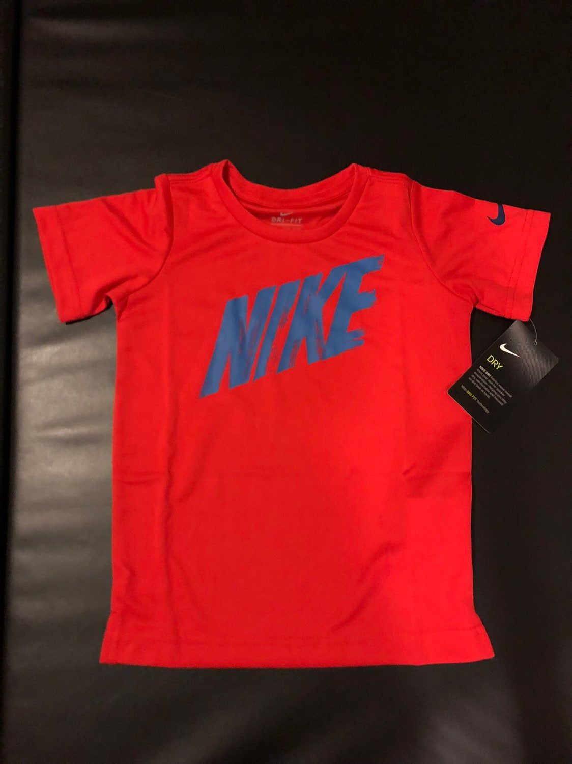 BOYS NIKE SHIRT T-SHIRT 2T 3T SHORT SLEEVE NEW NWT