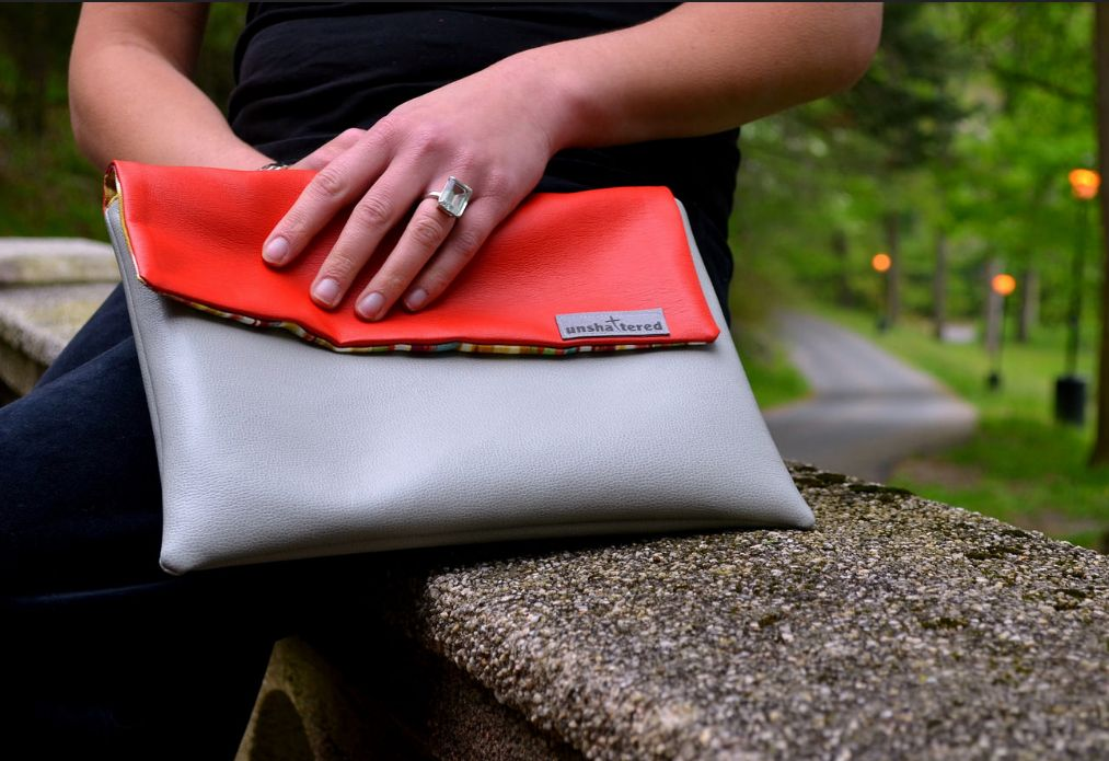 Striking clutch made by @UnshatteredNY.