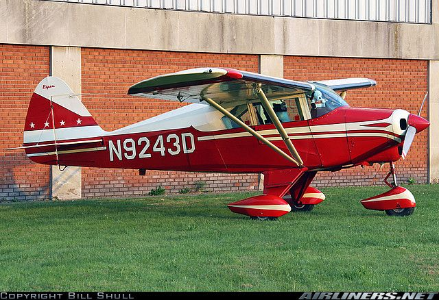 Piper PA-22-160 Tri-Pacer similar to the first small airplane I flew