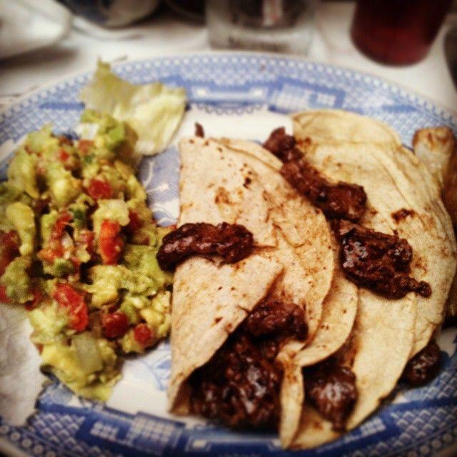 Tacos Arrachera en el Sanborns de Azulejos de #México