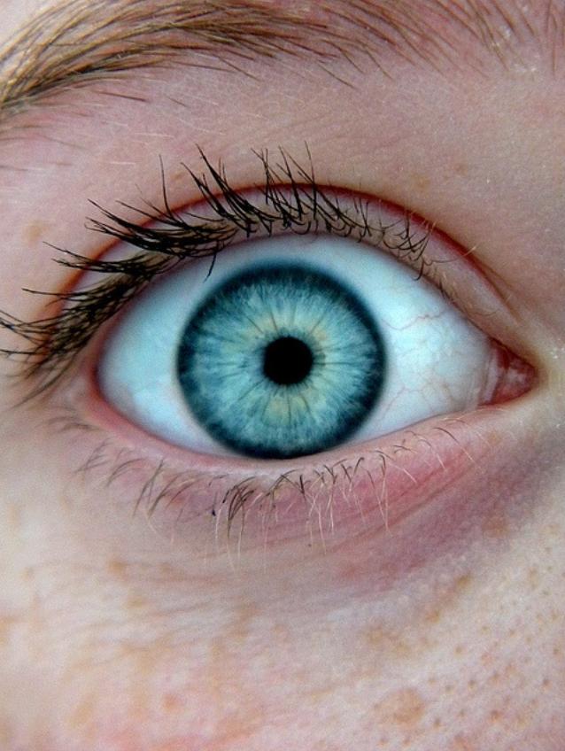 love dark ring pupil isnt centerweird stunning eyes beautiful eyes pretty eyes