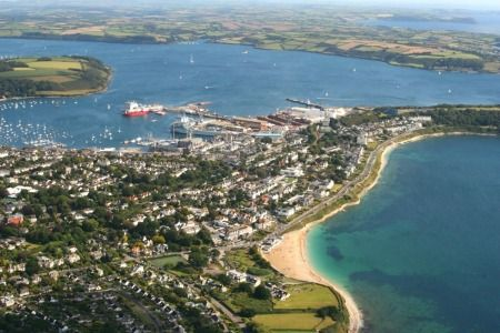 Falmouth, the town and its stunning environment