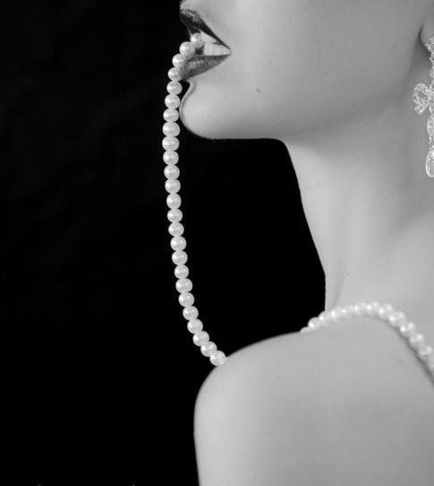 Pin By Vicki Fitzgerald On Black White Style Pearls Boudoir Photoshoot Pearl And Lace