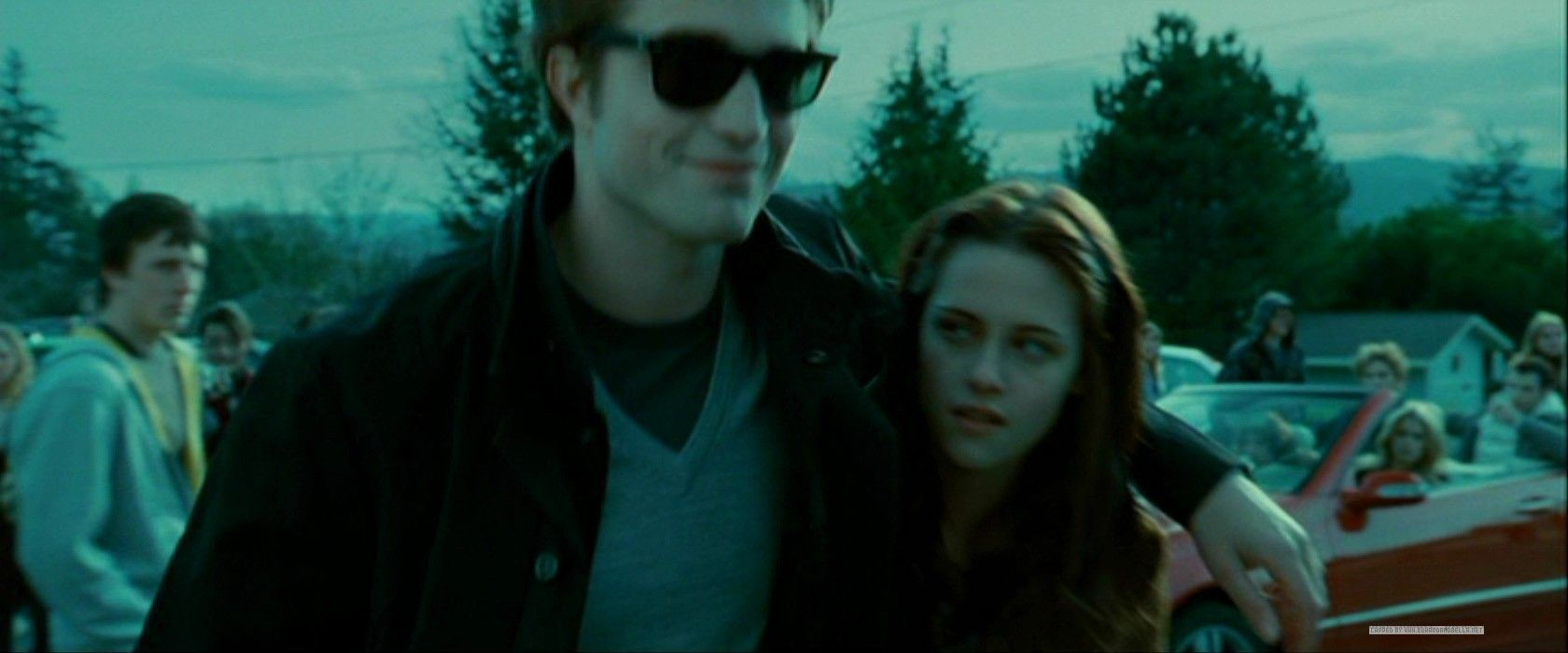 Twilight Edward Walking Bella Into School Twilight