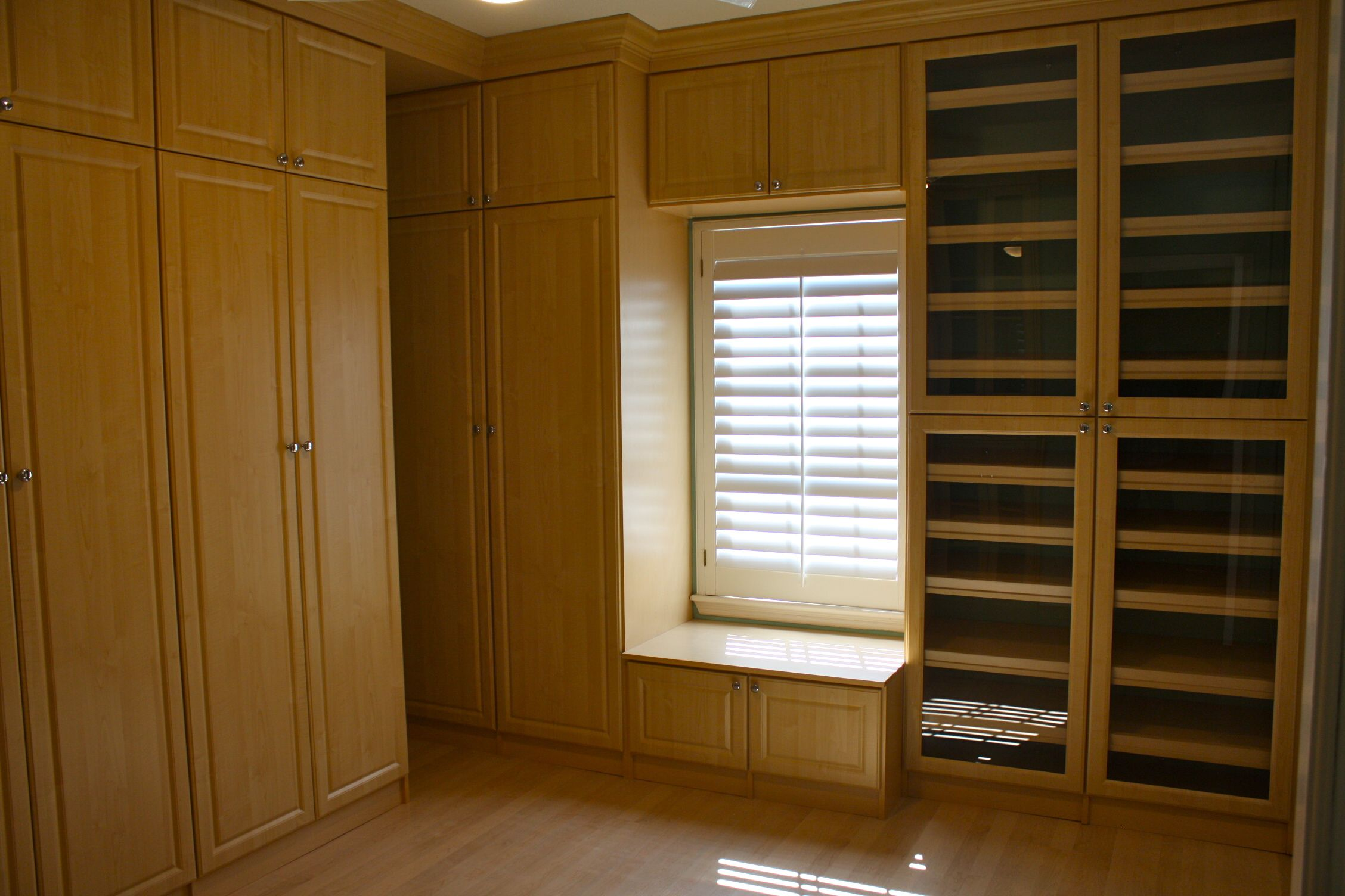 Gallery Cutting Edge Closets. Eman Home Office 25 Photos 21 Reviews  Anization