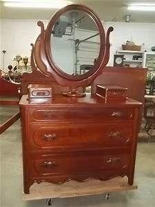295: Davis Furniture Lillian Russell 1954 Solid Cherry ...