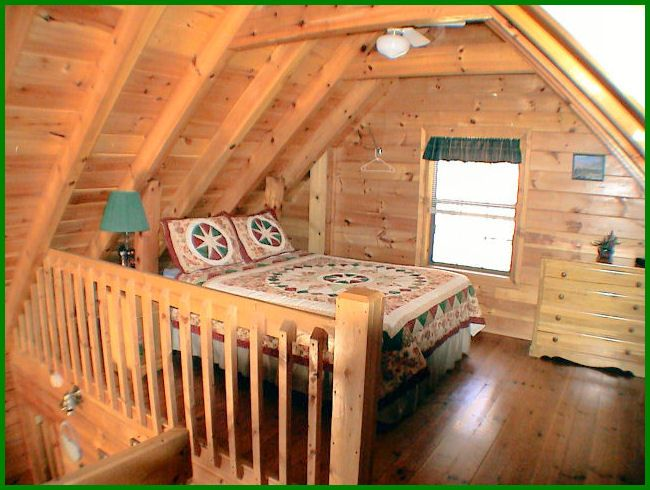 Apparently You Need A Country Quilt For Every Bed In A Cabin Loft Style Homes Cabin Loft Cabin Plans With Loft