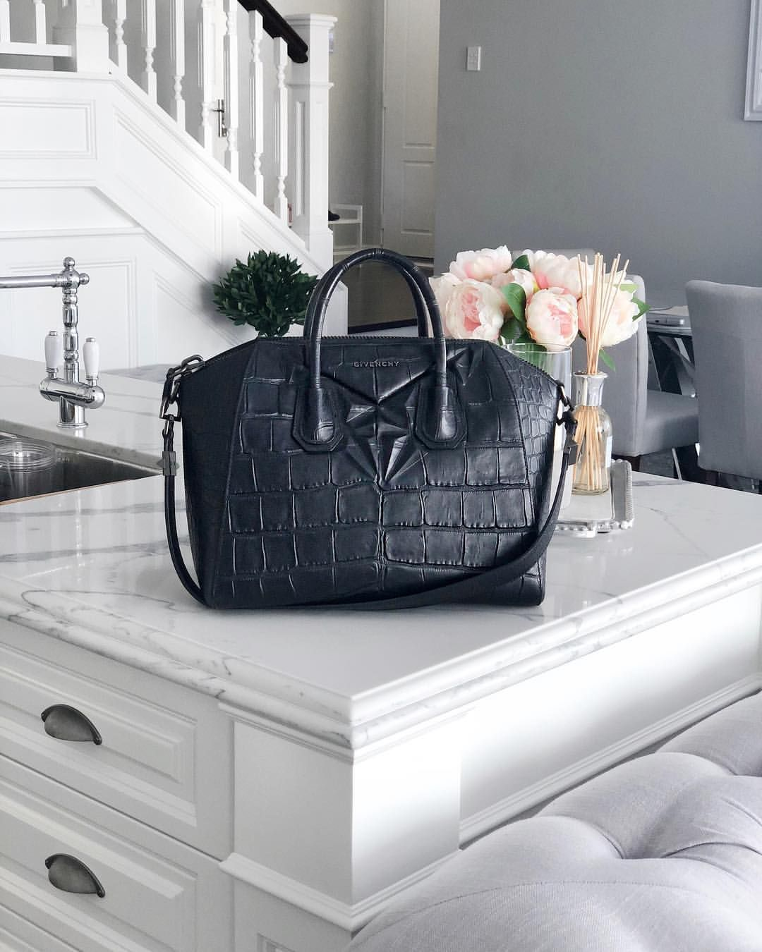 Still Obsessed With This Bag Years Later Givenchy Bags