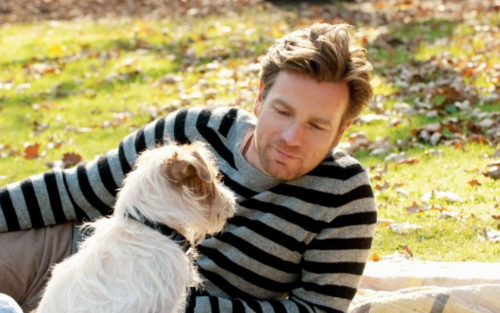 Oliver (Ewan McGregor) & Arthur