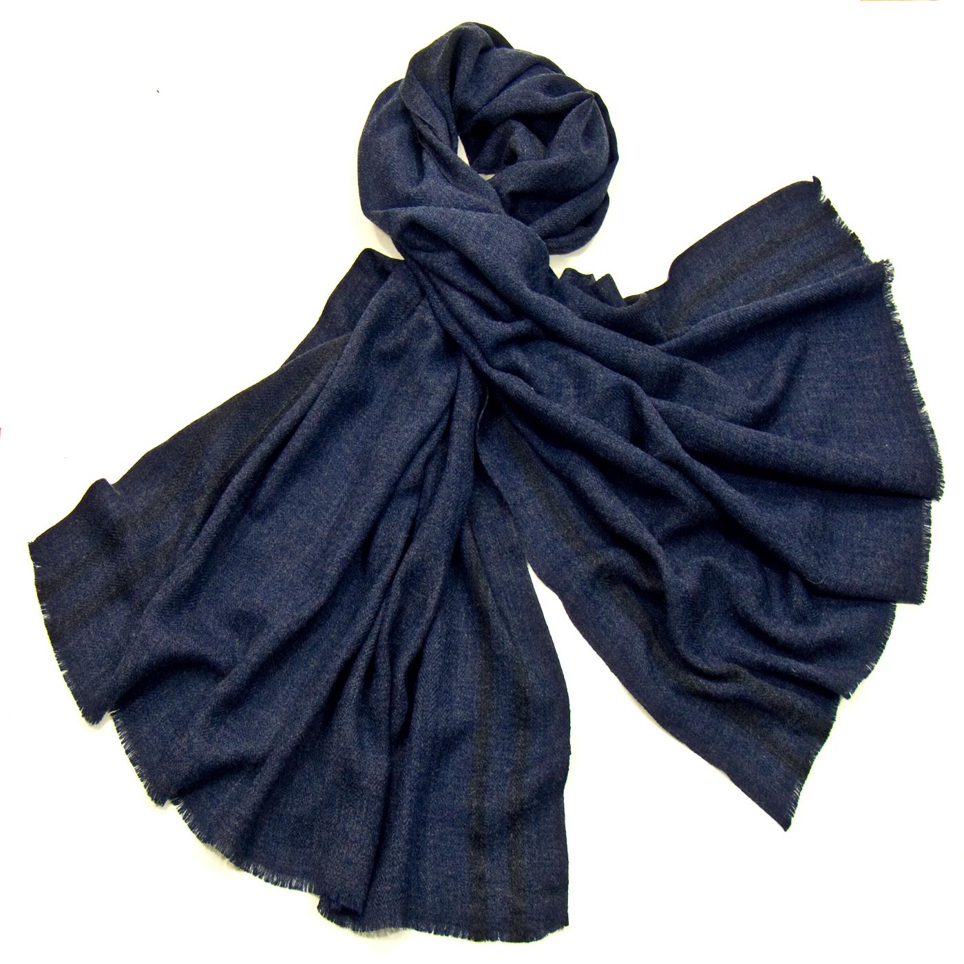 Etole laine fine bleu marine tissée avec rayures - Etole laine - Mes  Echarpes 8f638a149cd