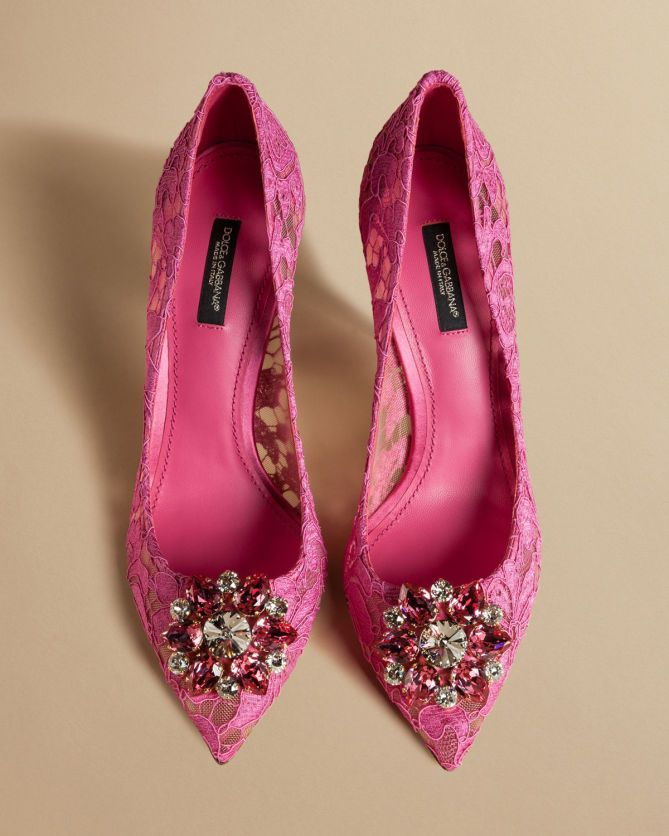 36e7cb2d50d Dolce   Gabbana PUMPS IN TAORMINA LACE WITH CRYSTALS - Shoes Post