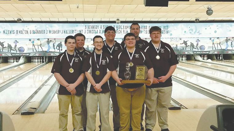 The Shikellamy Boys Team Is Shown With Its Eastern Pa Regional Championship Trophy From Left Austin Long Nick Kahler Noah Thomas High School Bowling Bowler