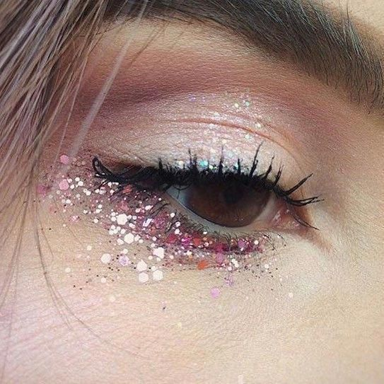 Tips To Keep Your Skin Young And Beautiful #glittereyemakeup
