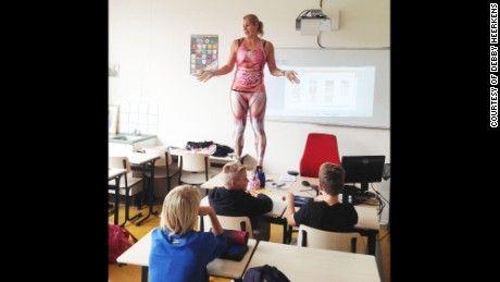 Dutch teacher strips down for a memorable human anatomy lesson ...