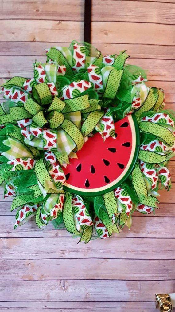 Watermelon Deco Mesh Wreath, Deco Mesh Summer Wreath, Waternelon Wreath for Front Door, Red and Green Watermelon Wreath