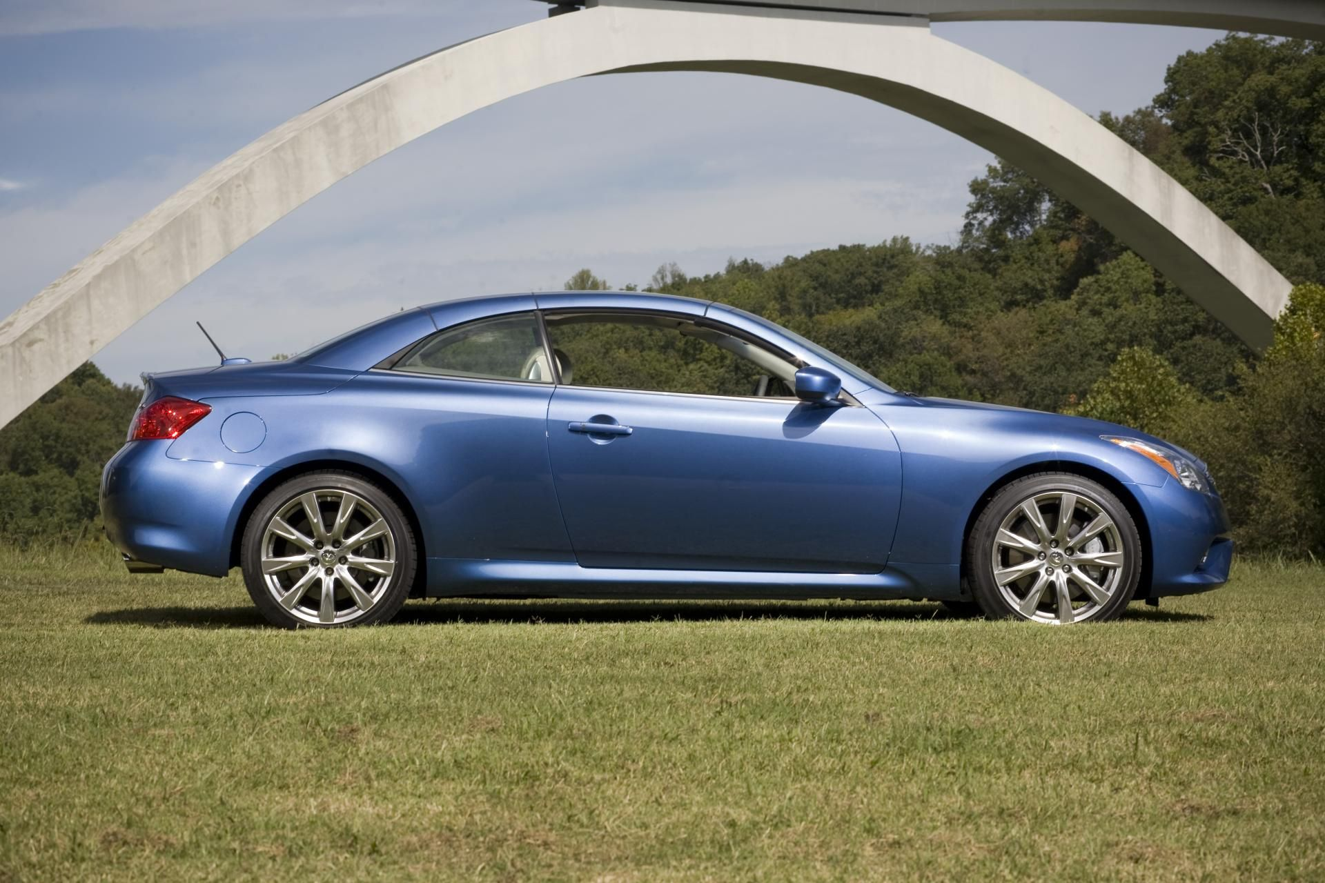 specifications photos infinity infiniti pricing price and coupe