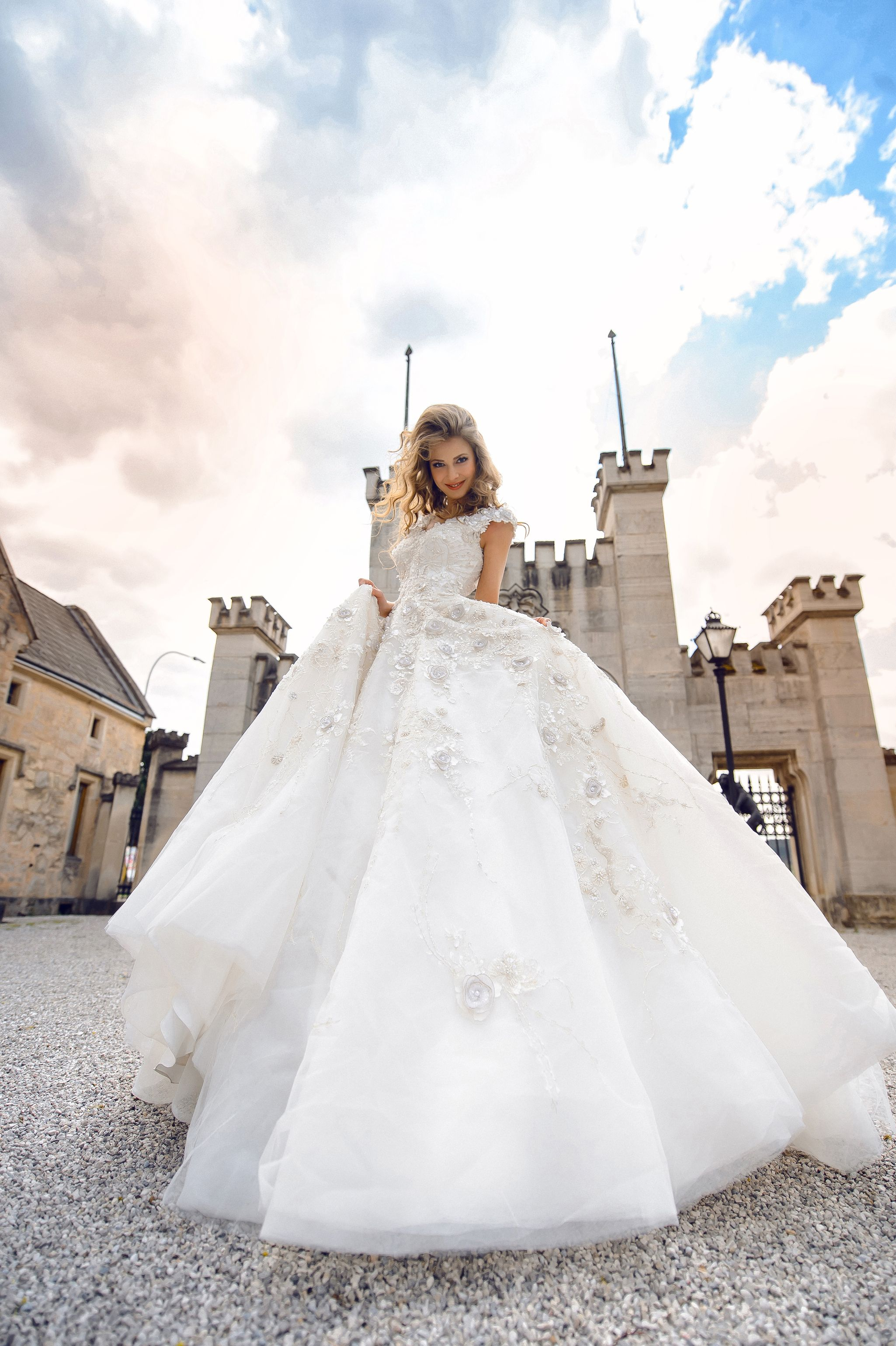 Viennese Salon For Exquisite Bridal And Evening Fashion Bridal