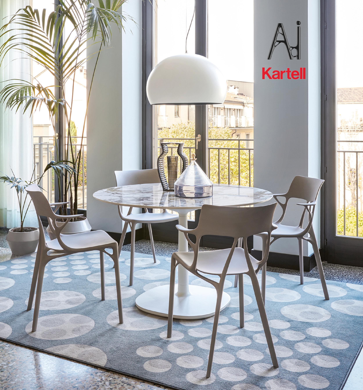 Chaise Design Kartell Grise Ai Design Philippe Starck En 2020 Amenagement Salle A Manger Mobilier Design Mobilier De Luxe