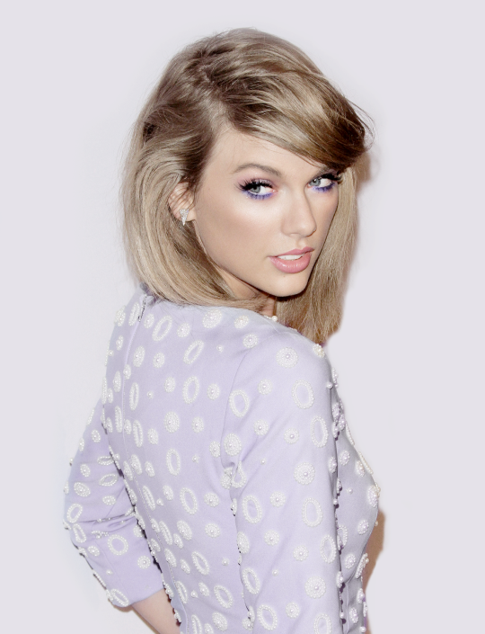 Looking so beautiful with those purple eyes