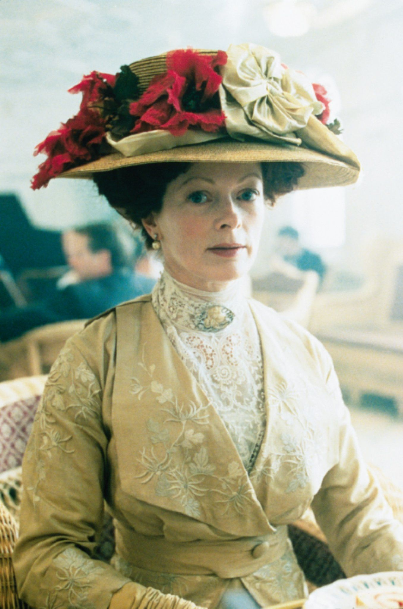 Titanic: Francis Fisher as Rose's mother | Entertainment ...