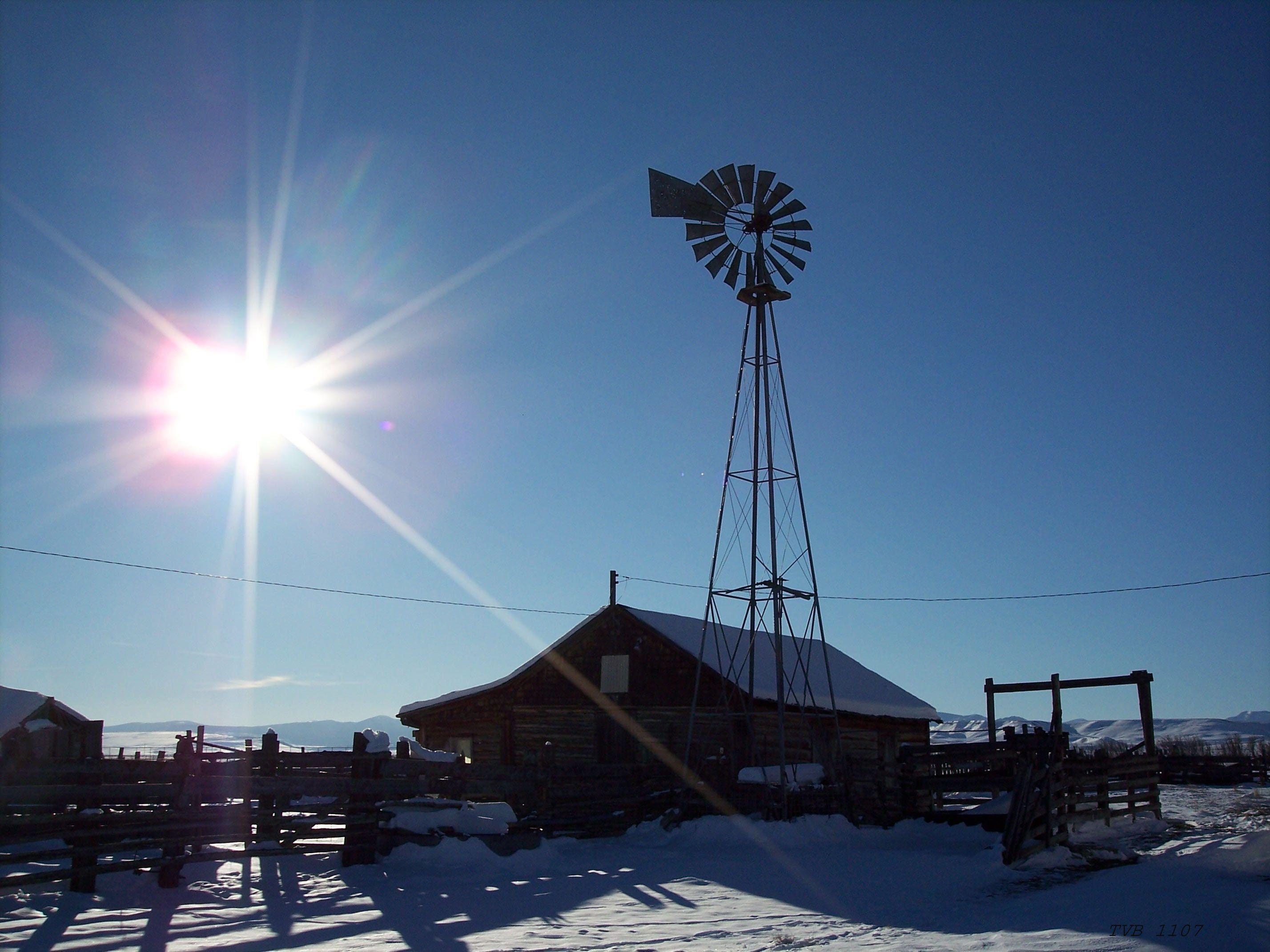 Windmill @ the Baker Ranch. Montana