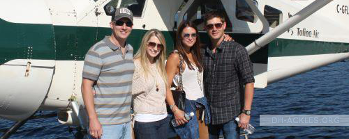 Jensen And Dani With His Sister Mackenzie And Her Husband Jeremy Jensen Ackles Family Jensen Ackles Actors