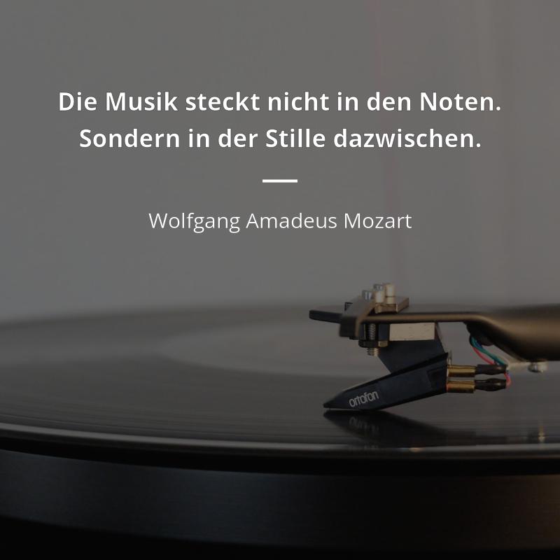 Die Musik Steckt Nicht In Den Noten Sondern In Der Stille Dazwischen Wolfgang Amadeus Mozart Musik Workout Quotes Funny Inspiring Quotes About Life Mozart