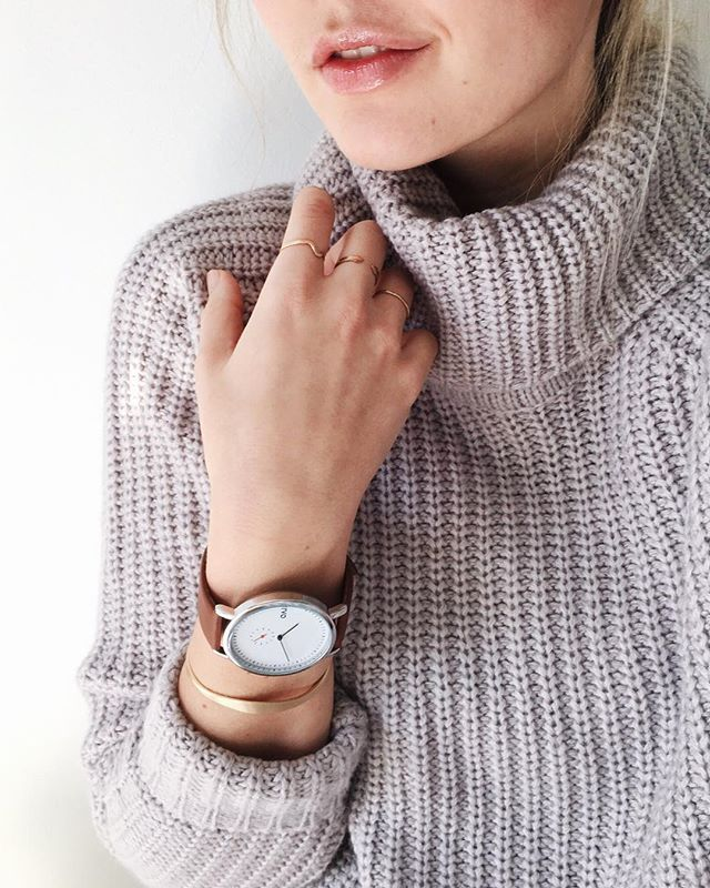 Thanks for the arm candy @arvo! 👊🏼✨ (and thanks mom, for the sweater ☺️)