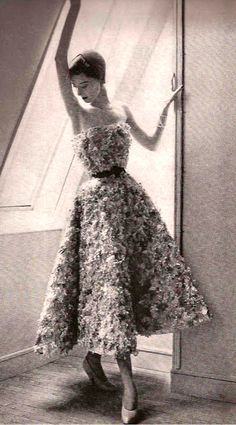 Dior style dress 1950
