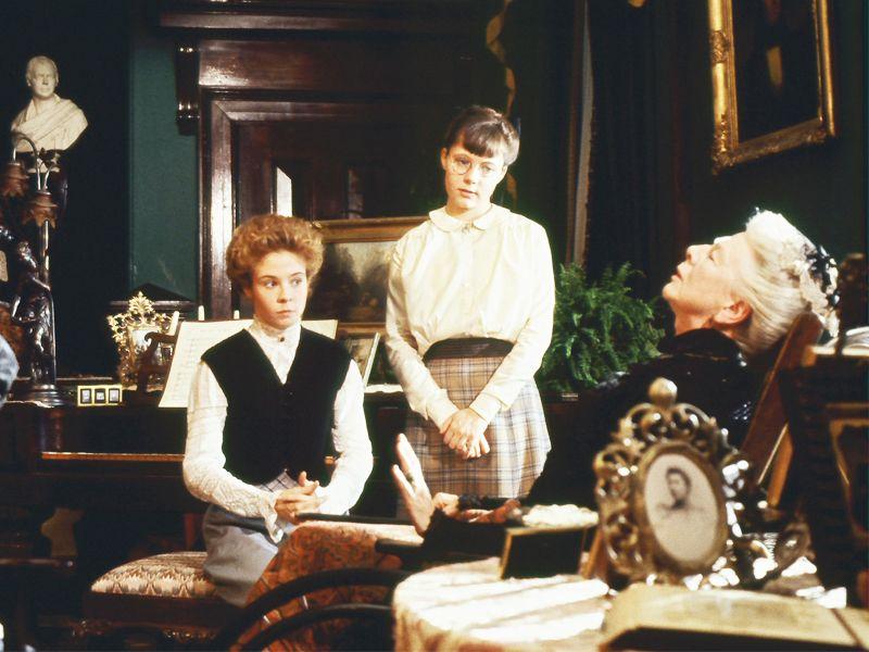 Anne Shirley And Emmaline Harris And Mrs Margaret Harris Green