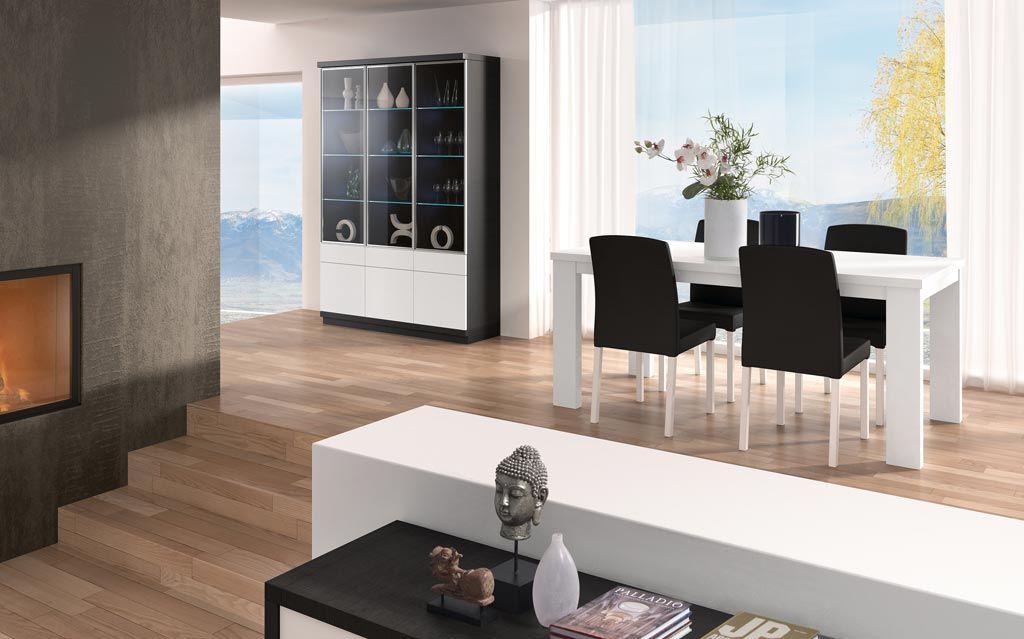 Salón comedor moderno con muebles independientes que cumplen una ...