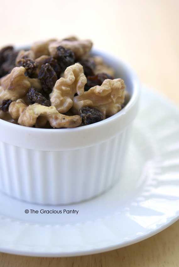 Clean Eating Raisins And Soaked Walnuts